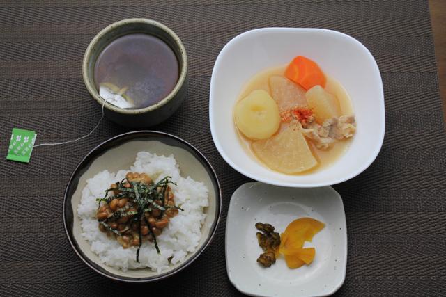 煮物と納豆