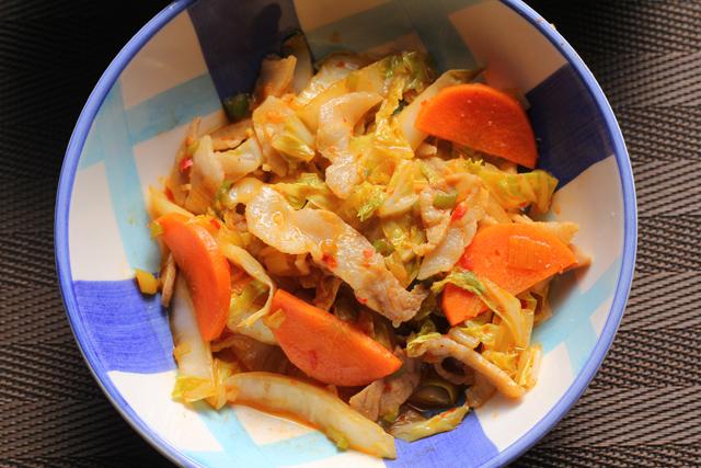 豚バラと白菜のピリ辛炒め