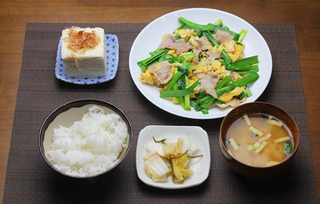 豚バラとニラの卵炒め