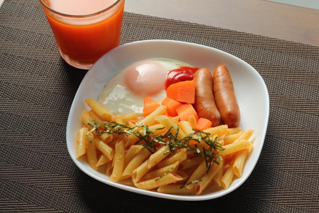 オレンジ色の朝食