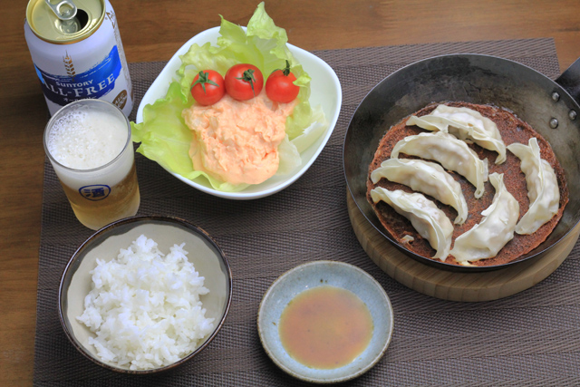 餃子と明太ポテトサラダ