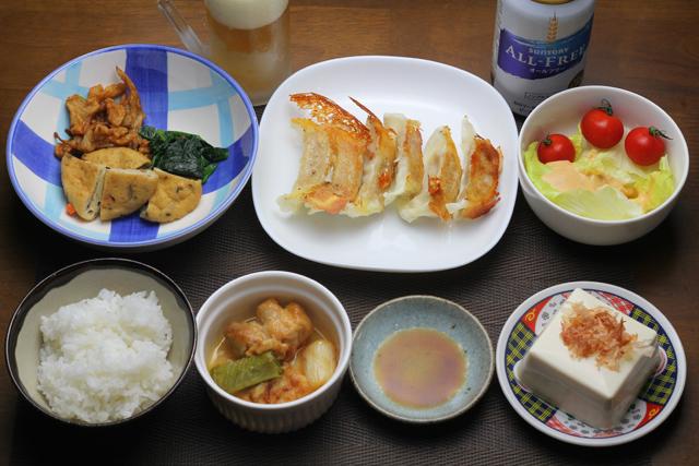 餃子/鶏もものピリ辛炒め/煮物