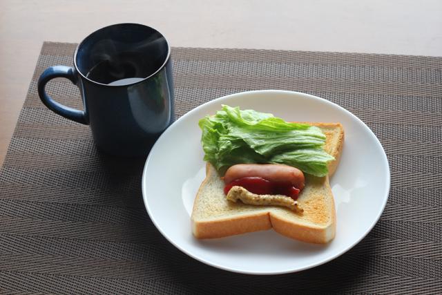 食パンホットドッグ