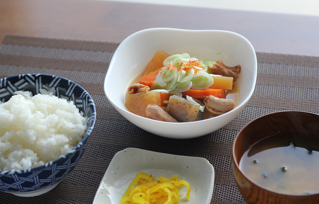 モツ煮定食