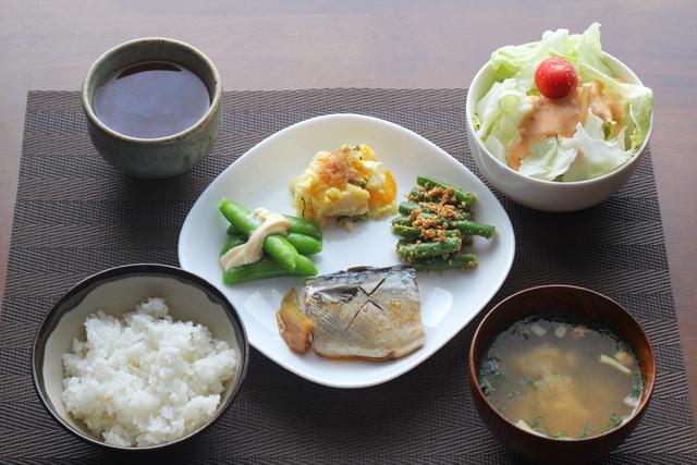 鯖と野菜の朝食