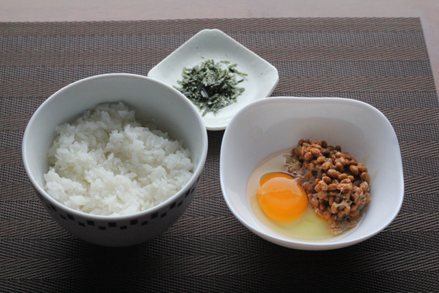 納豆卵ご飯