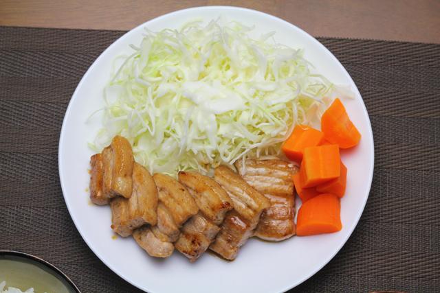 厚切り豚バラの焼き肉