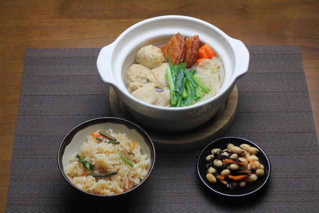 鶏鍋と山菜ご飯