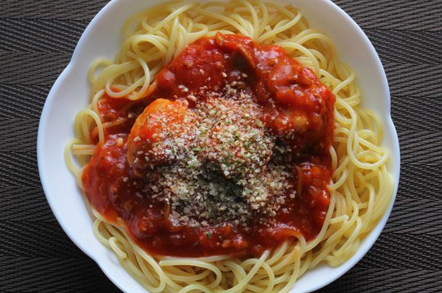 つくね入りミートソーススパゲティ