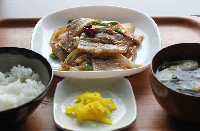 豚バラの焼肉定食