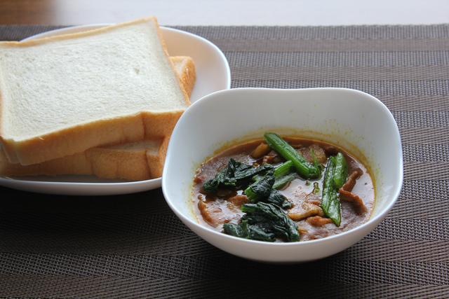 カレー&食パン