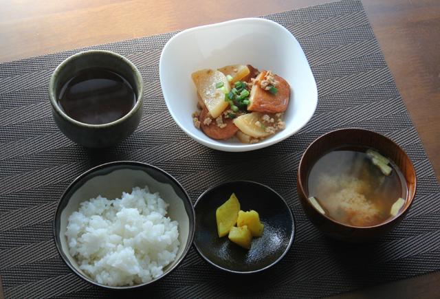 煮物の朝食