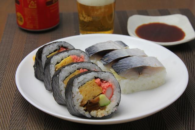 太巻きと鯖寿司