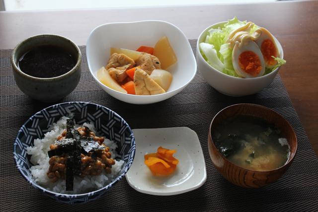 大根とガンモの煮物/納豆