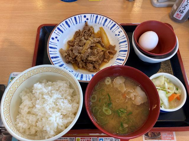 牛皿定食/豚汁